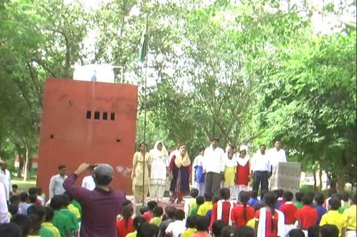 हरियाणा के एक ऐसा गाँव जहां आजादी के 70 साल बाद मनाया गया स्वतंत्रता दिवस, बेटी ने फहराया तिरंगा
