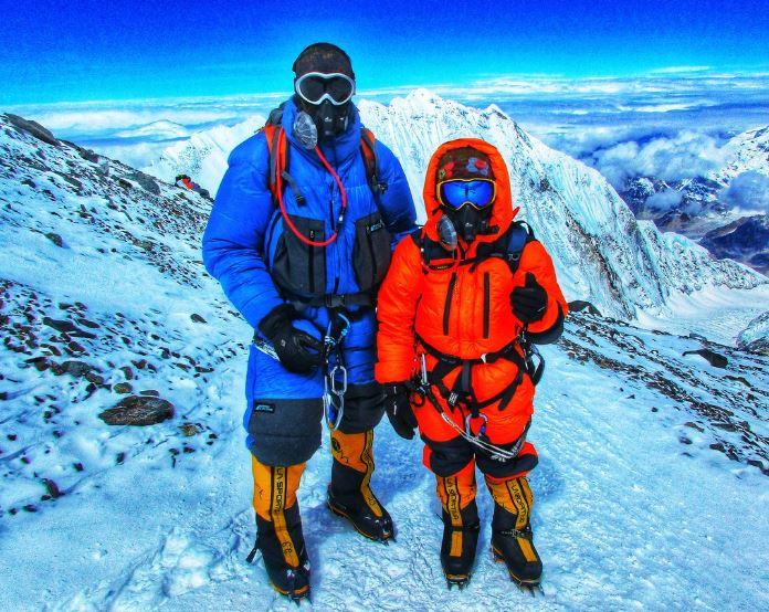 हिसार की शिवांगी और रोहताश ने यूरोप की सबसे ऊंची चोटी एल्बु्रस पर फहराया तिरंगा